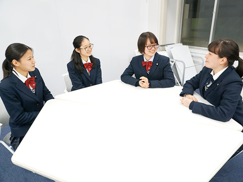 インタビューに応えてくださった生徒の皆さん