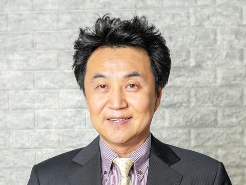 東進ハイスクール・東進ビジネススクールの英語科講師 安河内 哲也先生