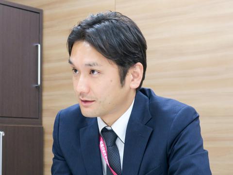 熱のこもった口調で語る片岡先生。改革にかける強い想いが伝わってきました。