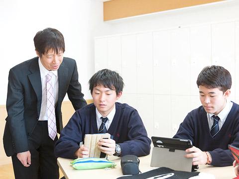 コース選択で自分自身と向き合う生徒たち