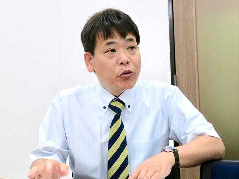 「アクティブ入試」について熱く語る浅見先生