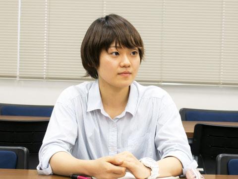 現在大学2年生の田澤さん。大学でも卓球部に所属しながら勉強やアルバイトもこなし、忙しい毎日を送っています