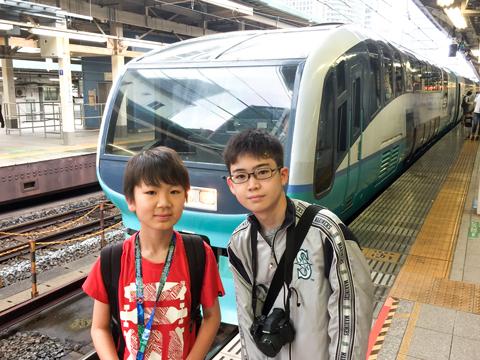 鉄道研究会は中高生がともに活動。大人数で旅行の楽しさを分かち合えるのが醍醐味だといいます。