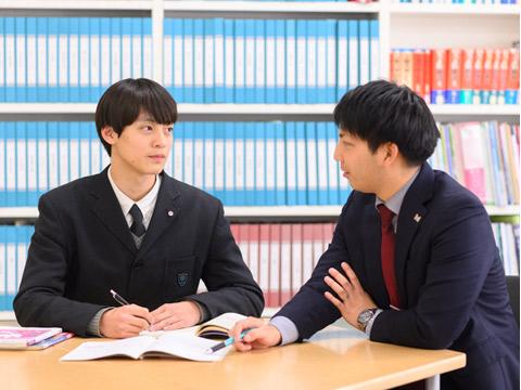 生徒との面談の様子