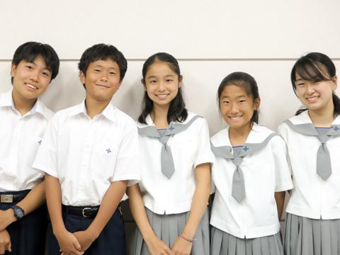 (左から)西原くん、馬場くん、幸澤さん、藤田さん、丸尾さん