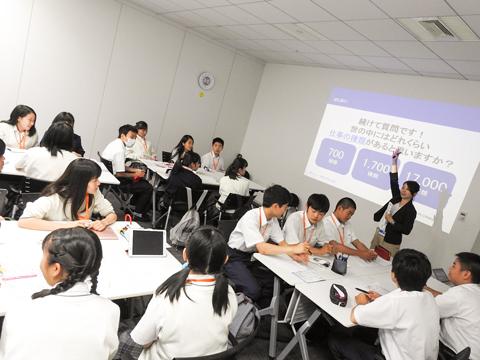 英語力の向上だけでなく、大学や企業と連携したキャリア教育もSGクラスの魅力。