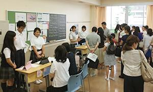 班に分かれてプレゼンを行った生徒たち。