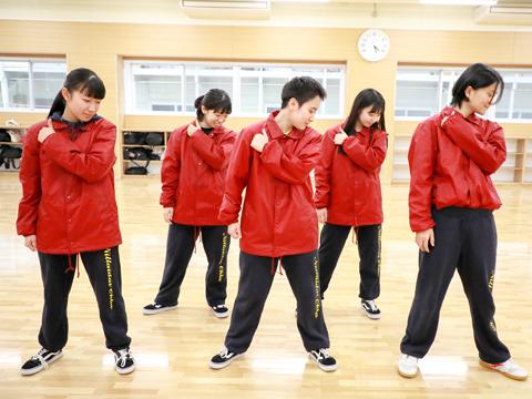 新しいダンス専用スタジオは、生徒たちの自慢。