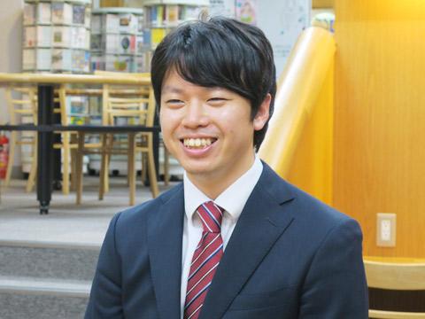 広井岳郎先生(英語科)