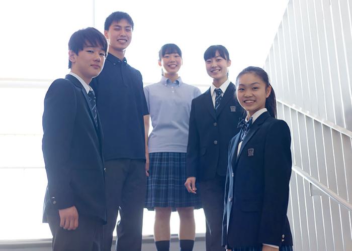 高校の新制服
