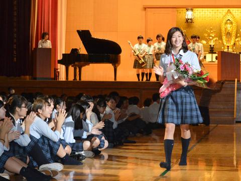 水泳部の池江璃花子さんをはじめ、全国制覇を成し遂げた剣道部やバドミントン部、ギター部など学業と共に部活動が盛んに行われている
