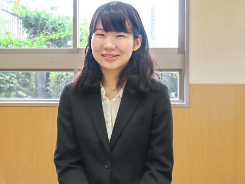秋元夏海さん(女子栄養大学1年生)