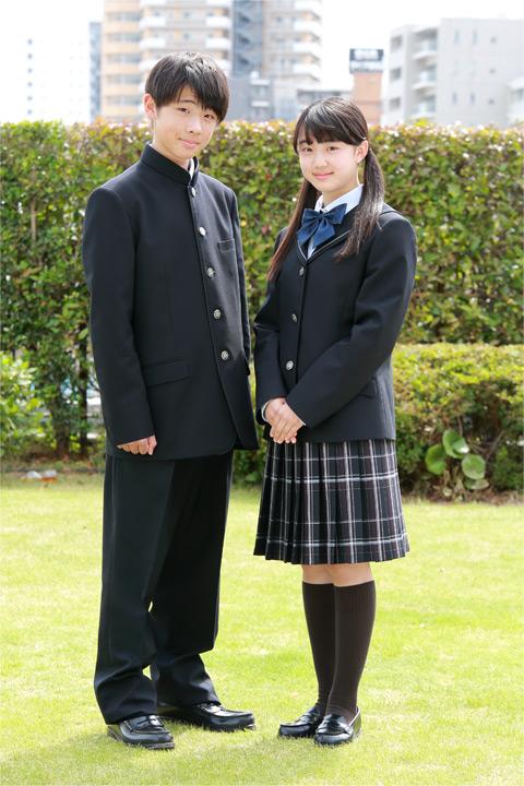 中学生:冬の新制服