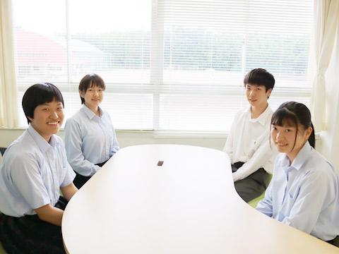 日野さん、大村さん、伊藤くん、北野さん
