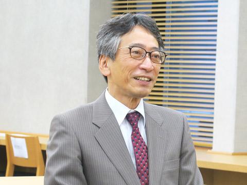入試広報部部長の大山聡先生