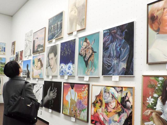 美術部 全日本学生美術展では5名が受賞