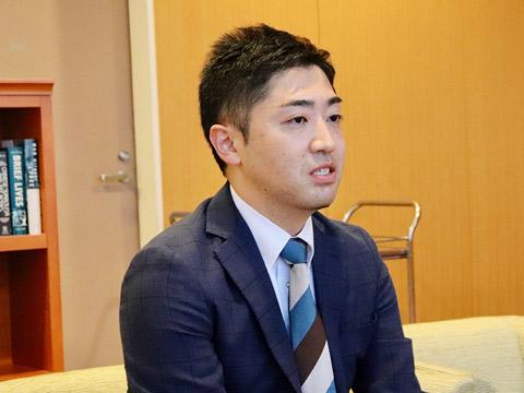 探究科主任の竹澤陽介先生