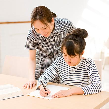【中学受験】合格へ導く過去問対策、親がやるべきこととは?