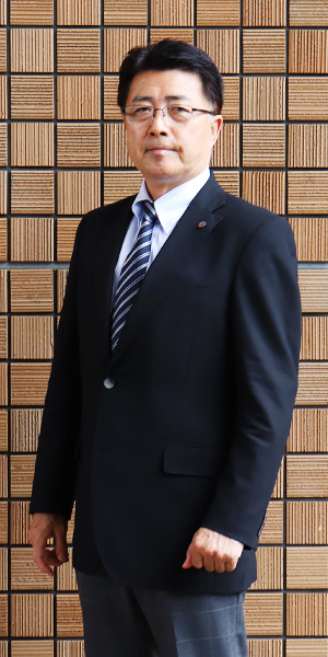 入試広報部 部長 伊藤 栄一郎 先生