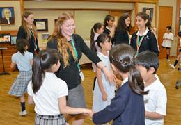 海外交流校の生徒たちとの国際交流