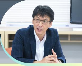 昨年度の高校3年生の学年主任を務めた原瀬裕一先生