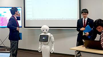 写真 AI搭載ロボットの全国大会のようす