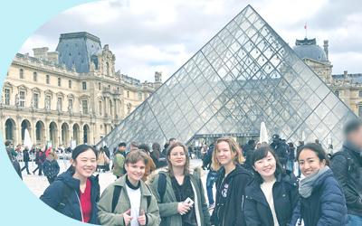フランスを訪問した生徒たち