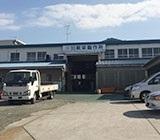 工場の外観です!車通勤OK◎敷地内に駐車場もあります♪