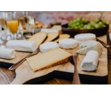 チーズ専門店の販売♪