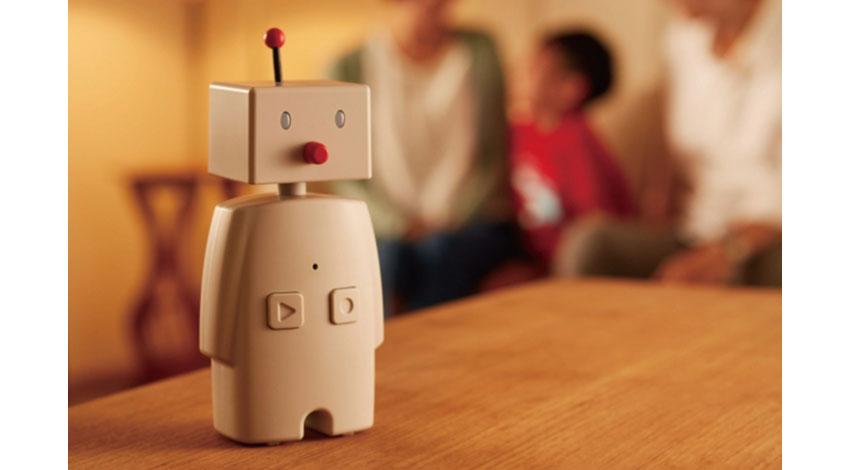 紛失防止タグのMAMORIOとユカイ工学のコミュニケーションロボット「BOCCO」が連携、忘れ物チェックサービスを開始