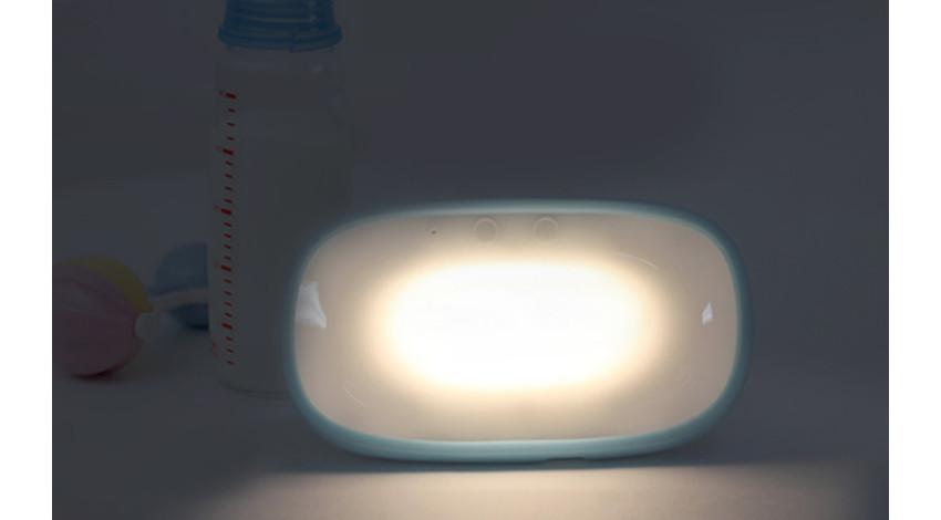 プラススタイル、赤ちゃんの泣き声を感知して点灯するスマートライトを発売