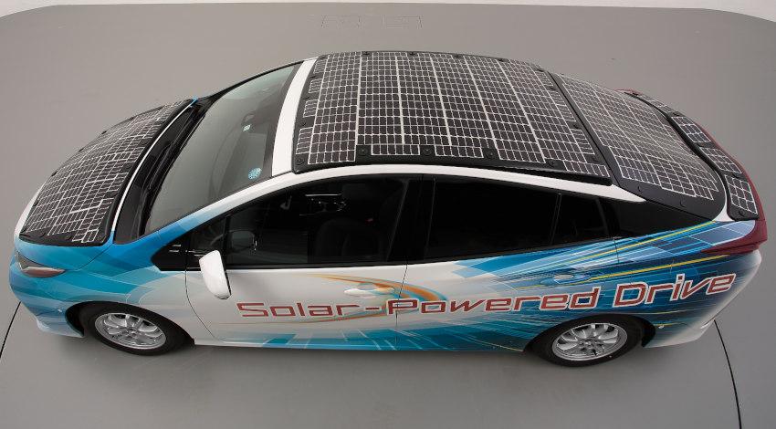 トヨタ・シャープ・NEDO、高効率太陽電池を搭載した電動車の公道走行実証を開始