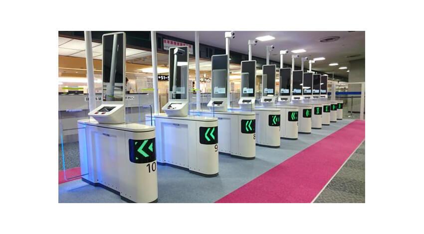 パナソニックの「顔認証ゲート」、法務省が空港での運用を拡大