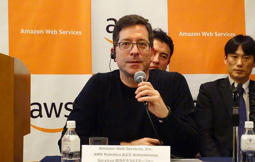 AWS RoboticsおよびAutonomous Services担当ゼネラルマネージャー Roger Barge氏
