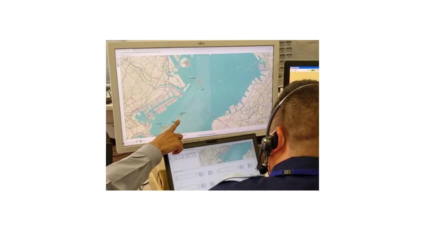 富士通と海上保安庁、AIを活用した船舶の衝突リスク予測技術の実証実験を実施