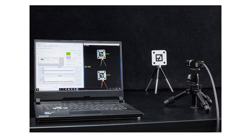 DNP、物流用の自動搬送ロボット等を制御する位置検出マーク「DXマーカ」を開発
