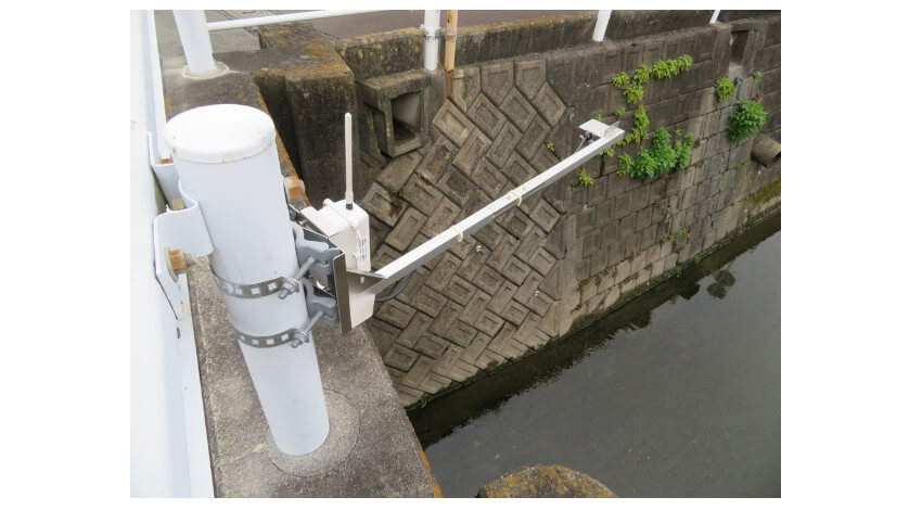 NECプラットフォームズ、LPWAを活用して水位情報をリアルタイムで可視化する「河川水位IoT監視パッケージ」を販売開始