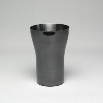 Black tumbler Single structure type Exterior: mirror finishing  Interior: spiral stainless Black-color Top quality tumbler made by Japanese artisans