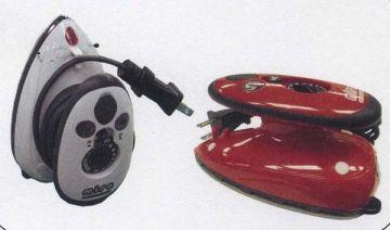 Kinkame Dual-Voltage Mini Steam Iron
