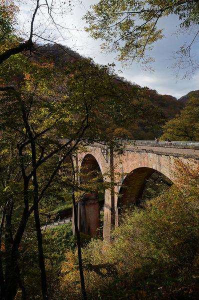 【日本群馬】《めがね橋》只有日本人才知道的賞楓聖地!
