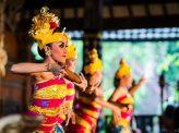 バリ島を辟易させる中国人団体観光客