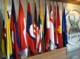 対中関係と民主化がカギ【2020年を占う・アジア】