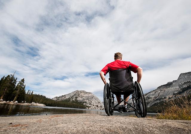 交通事故による怪我の治療先と治療費に関する正しい知識