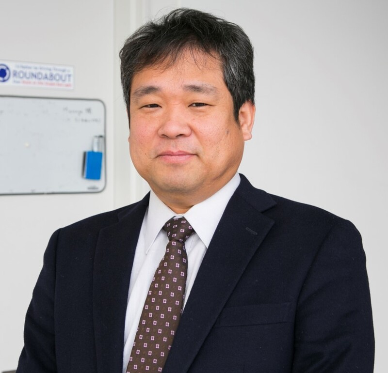 浜岡 秀勝教授