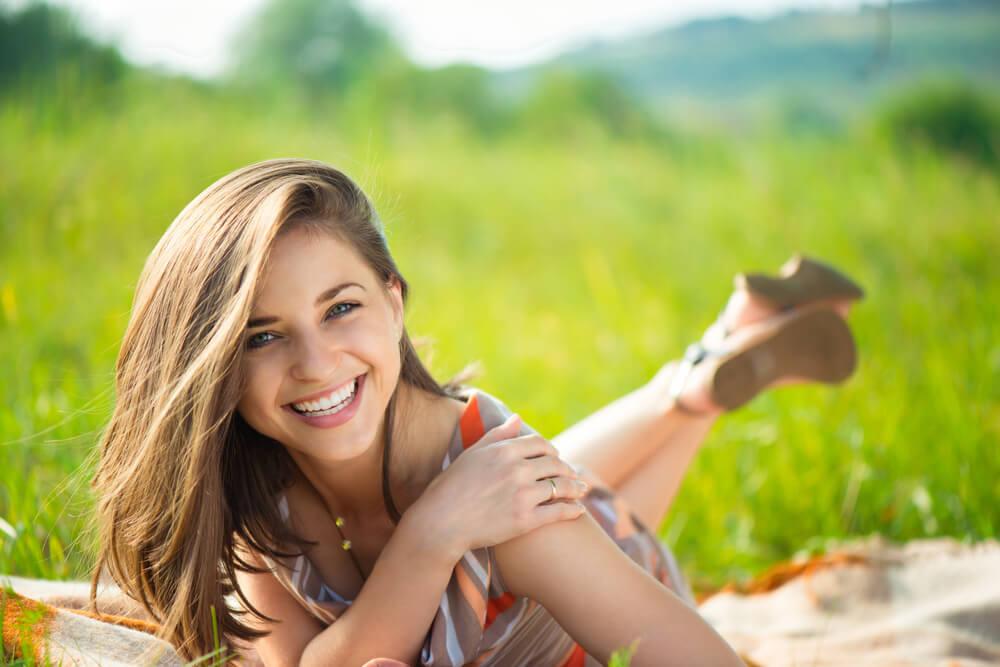 「笑顔 女性」の画像検索結果