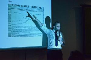 研究会「ニュースメディアとグラフィックス」アラン・スミス フィナンシャル・タイムズ データ可視化担当エディター 写真 3