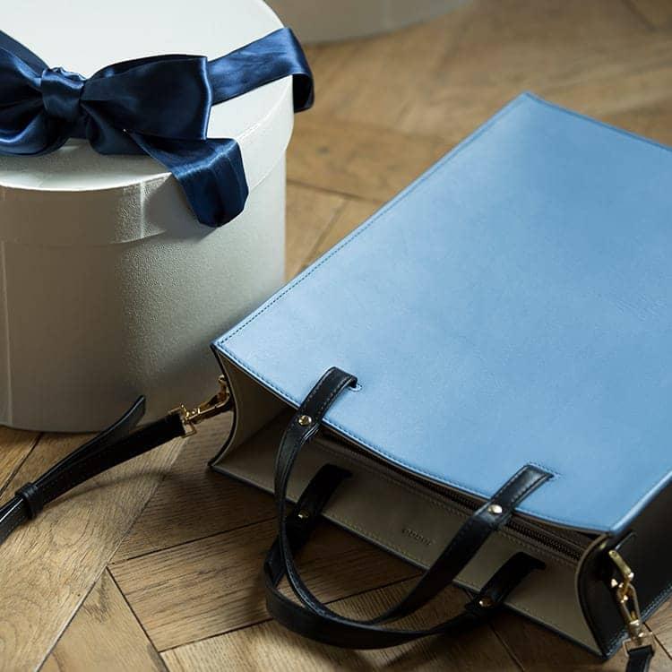 JOGGO LIMITED COLOR 2020  幸せの青、いつもあなたの手の中に。1・2月期間限定レザー『ジェイブルー』 レディースボックストート