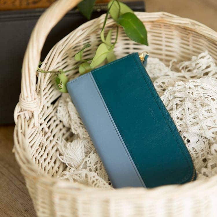 JOGGO LIMITED COLOR 2020  幸せの青、いつもあなたの手の中に。1・2月期間限定レザー『ジェイブルー』 レディースL字ファスナー長財布