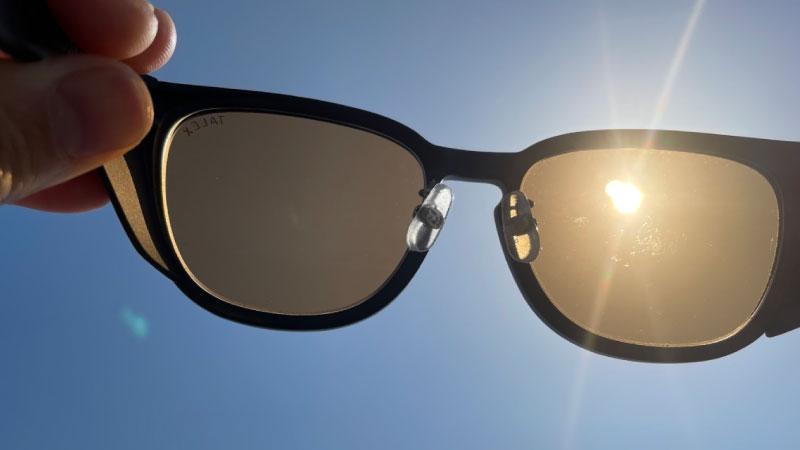 サングラスの可視光線透過率