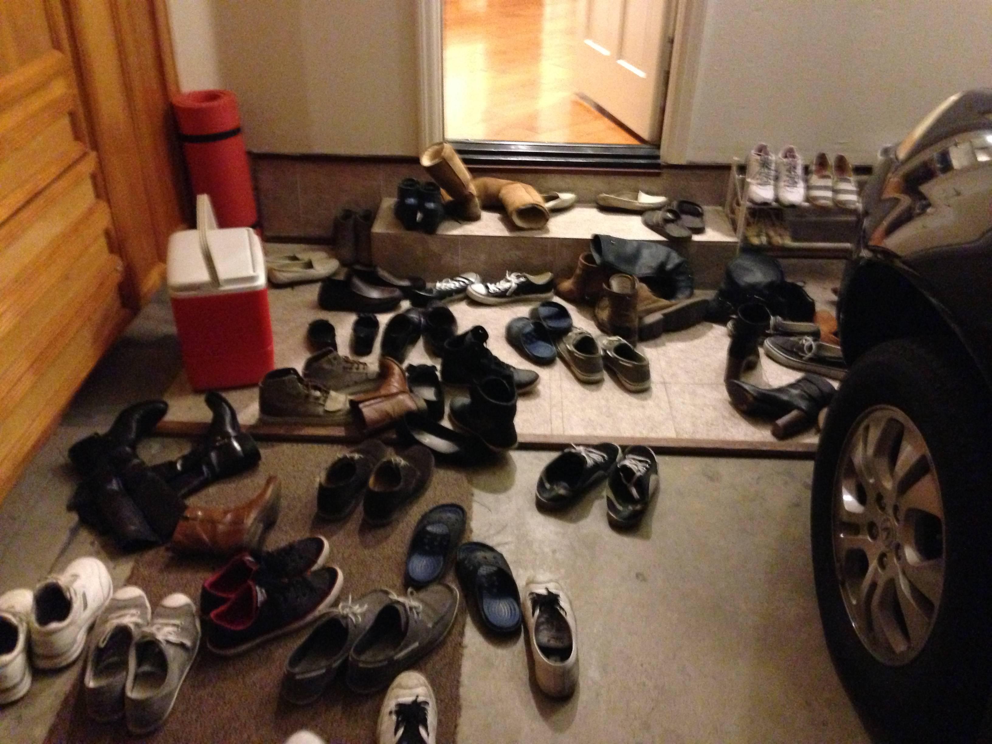 アジアでは靴を脱ぐ文化が多い